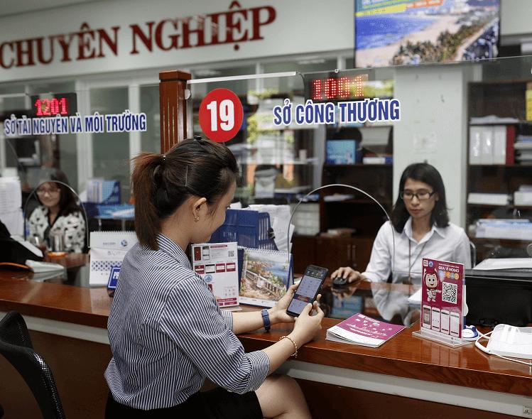 Thanh toán dịch vụ công qua ví MoMo tại Đà Nẵng.